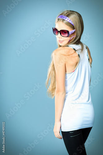 sunglasses posing