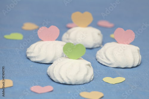 Marshmallow decorated with coloured paper hearts