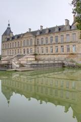 chateau en bourgogne