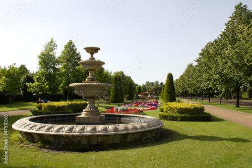 Leinwanddruck Bild Regents Park fountain