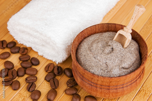 Homemade skin exfoliant (scrub) of ground coffee and sour cream