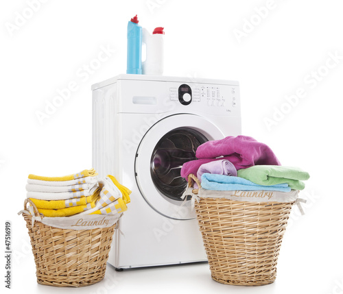 Laundry baskets and washing machine