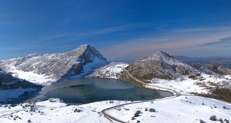 Lago Enol, Asturias, España.