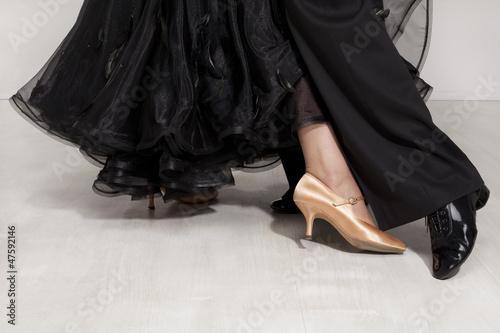 Aluminium Dance School dancers legs
