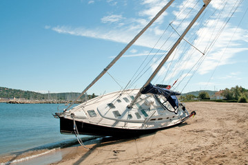 Sailing Yacht on Beach 3