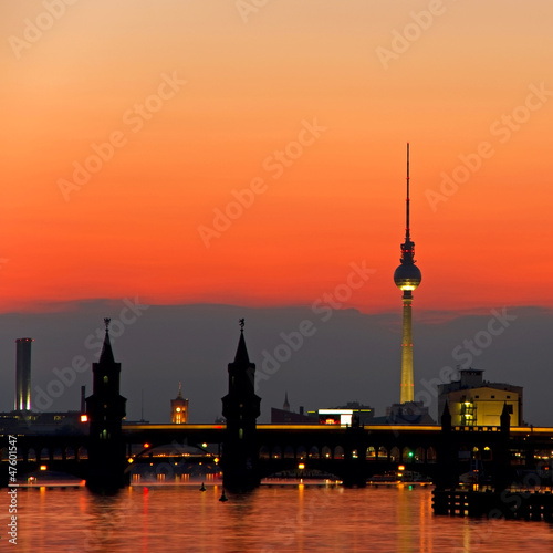 Fototapeten,berlin,fernsehturm,deutschland,sonnenuntergang