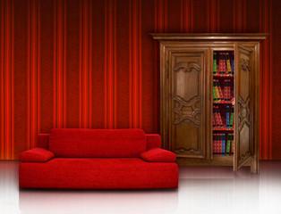 Rote Couch und Bücherschrank