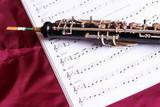 Fototapety Oboe auf Noten