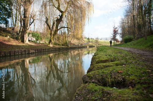 canal de l' Ourcq Villeparisis Seine et Marne