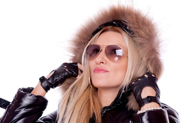 Blonde with jacket and sunglasses