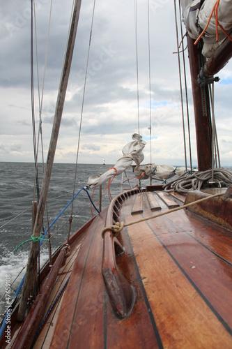 Jacht na morzu - 47659188
