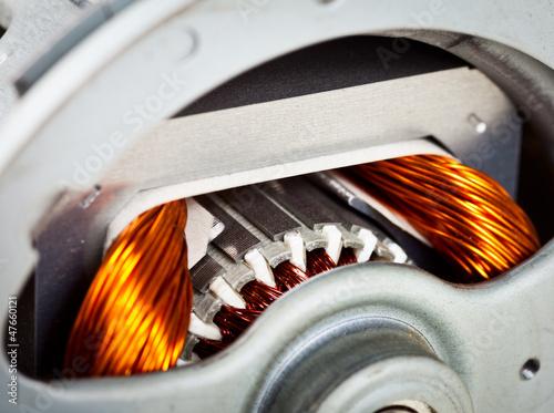 Electric motor - 47660121