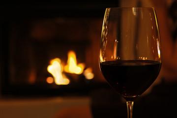 rotwein am kamin 1