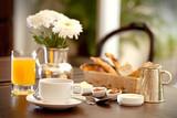 desayuno en el hotel 6