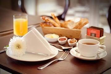 desayuno en el hotel 3