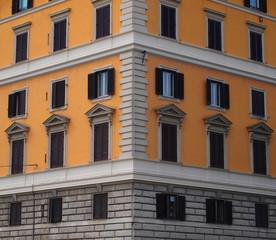ROMA, EDIFICIO IN CENTRO STORICO N°3