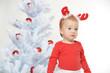 Mädchen mit Elchgeweih an Weihnachten