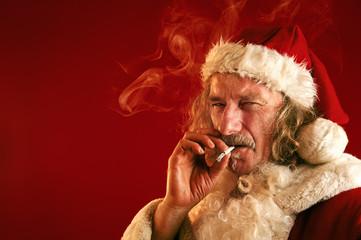 Bad Santa mit Kippe