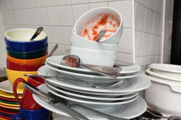 Geschirr, Stapel, schmutzig