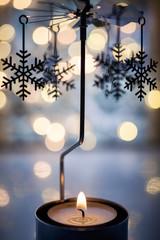 Stimmungsvolle Adventsdekoration mit Teelicht
