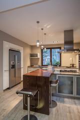 Travertine house - luxurious kitchen