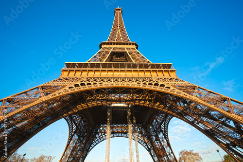 Eiffel tower, Paris. - 47750789