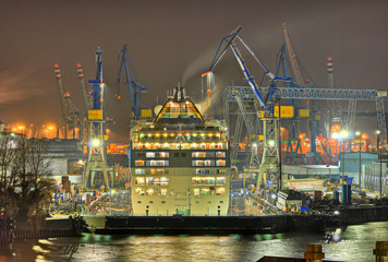 Werft in Hamburg