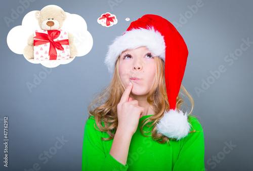 kind träumt von weihnachten