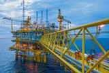 Oil and gas transfer platforms
