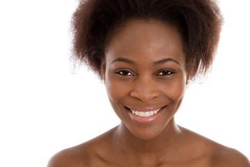 Gesicht einer dunkelhäutigen Frau (2)