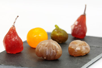 Marrons glacés et fruits confits