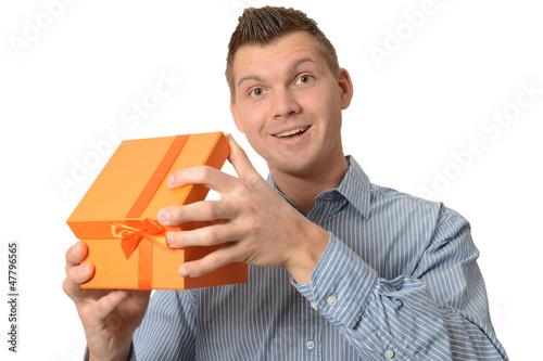 geschenk_offen_tw