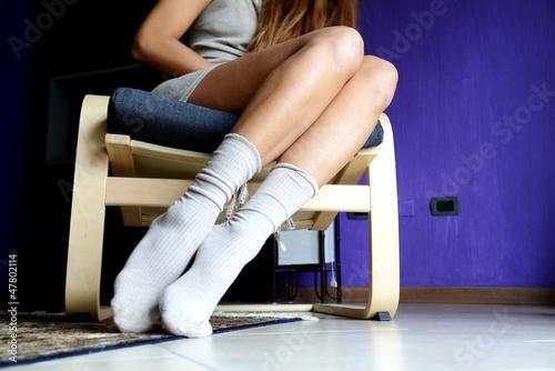 ragazza con calzini