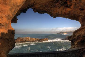 Vue sur le phare de Biarritz