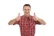 Erfolgreicher glücklicher Mann in Rot isoliert