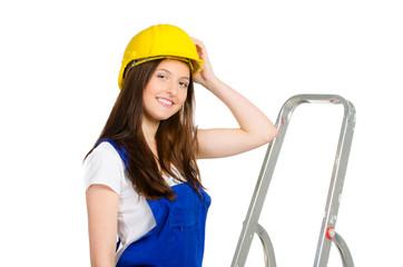 junge handwerkerin mit helm
