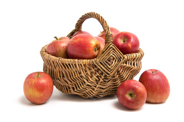 Äpfel im Körbchen