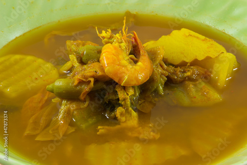 Shrimp And Mixed Vegetable In Tamarind Sauce