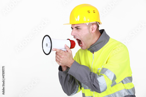 foreman shouting in loudspeaker
