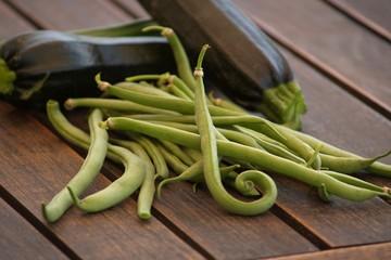 récolte haricots verts courgettes