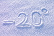 Minus 20 stopni napis na śniegu