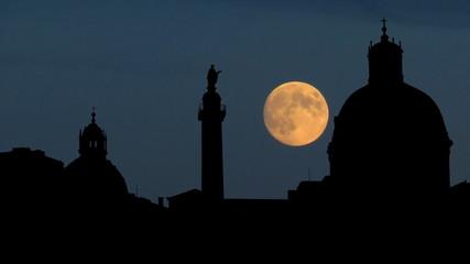 Italy Roma Trajans column moonrise