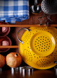 utensili da cucina in metallo