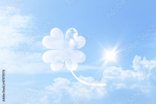 クローバーの雲