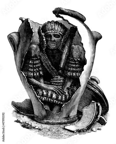 Mummy - South American Indian - Momie dans sa Sépulture