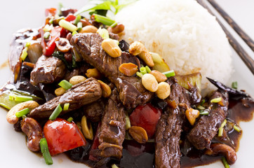 kung pao Rindfleisch mit Reis