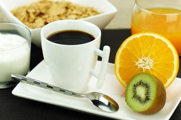 petit déjeuner équilibré sur table 6