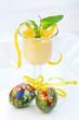 Limoncello-Creme im Glas zu Ostern