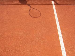 Tennisplatz netz und schläger Schatten 62