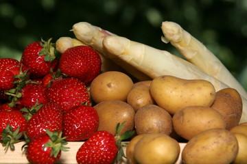 Kartoffeln, Spargel und Erdbeeren